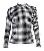 光衬衫与黑色的模式 — 图库照片