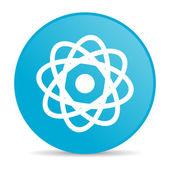блестящий значок atom синий круг веб — Стоковое фото
