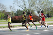 A group of marathon competitors during the 26th Belgrade Marathon on April 21, 2013 in Belgrade, Serbia — 图库照片
