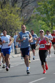 A group of marathon competitors during the 26th Belgrade Marathon on April 21, 2013 in Belgrade, Serbia — Stock Photo