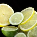Cytryny i limonki — Stock Photo #40204875