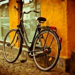 Classic vintage retro city bicycle in Copenhagen, Denmark — Stock Photo #13167099
