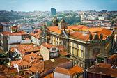 Hermosa vista de la antigua ciudad de oporto, portugal — Foto de Stock