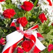 Composition of red and white flowers — Stock Photo #33433043