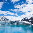 Glacier Bay in Mountains in Alaska, United States — Stock Photo #39393605