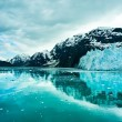 Glacier Bay in Mountains in Alaska, United States — Stock Photo #39394679