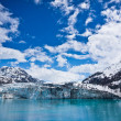 Glacier Bay in Mountains in Alaska, United States — Stock Photo #40028421