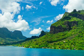 Paradise view of Moorea Islands, Cook's Bay, French Polynesia — Stock Photo
