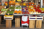 Farmers market stall — Stock Photo