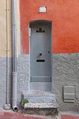 Narrow door — Stock Photo