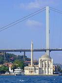 Ortakoy moskén istanbul — Stockfoto
