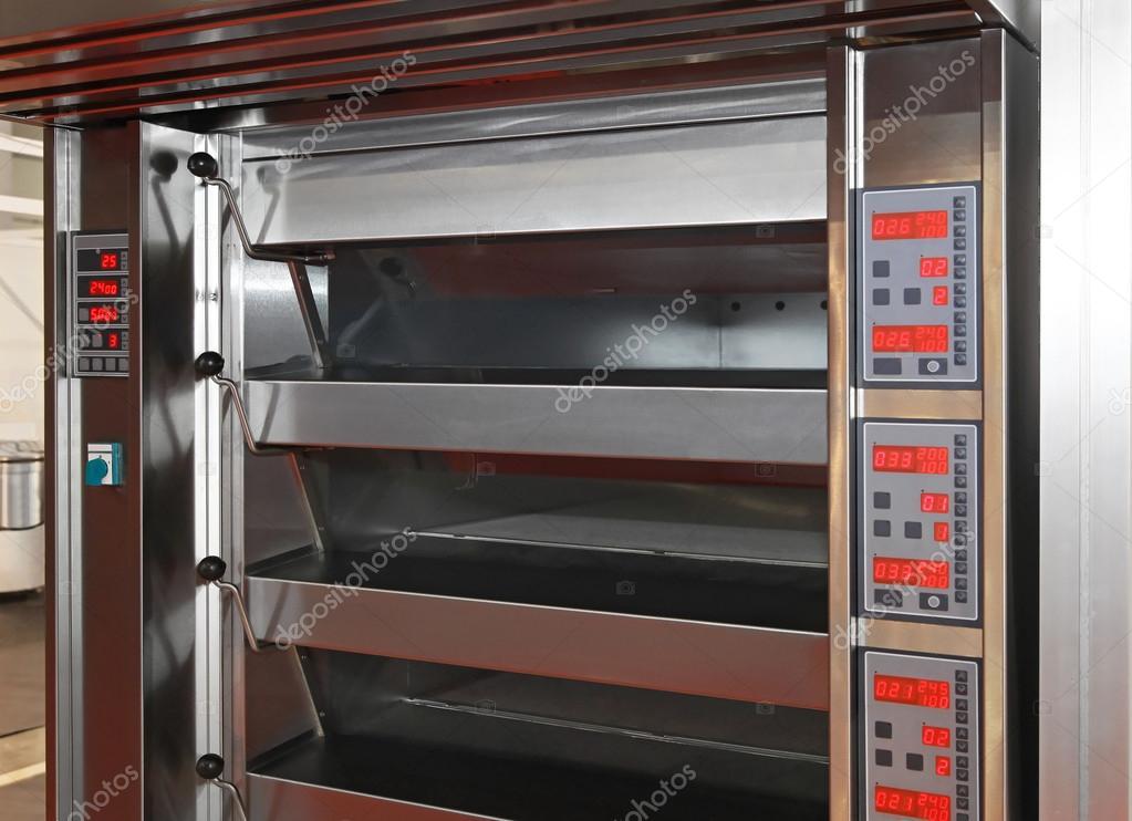 Bäckerei Backofen — Stockfoto © Baloncici #37648825