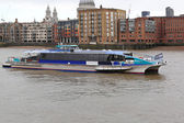 Thames Clipper — Stock Photo