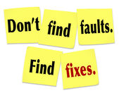Don't Find Faults Find Fixes Saying Quote Sticky Notes — Zdjęcie stockowe