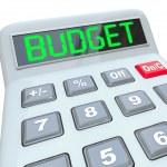 rozpočet slovo kalkulačka domácí podnikání finance — Stock fotografie