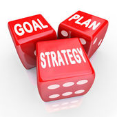 Piano obiettivo strategia parole su tre dadi rossi — Foto Stock