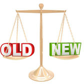 Old Vs New Words on Balance Scale Weighing Comparison — Stock Photo