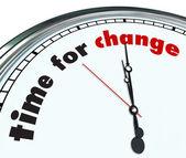 Zeit für veränderung - verzieren uhr — Stockfoto