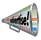 Adverteren bullhorn megafoon woorden van marketing — Stockfoto