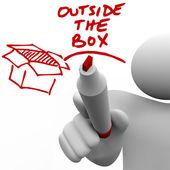 Buiten de doos man schrijven woorden marker — Stockfoto