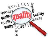 Como encontrar a qualidade - lupa — Foto Stock