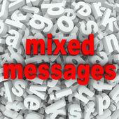 Gemischte nachrichten schlechte kommunikation missverstanden — Stockfoto