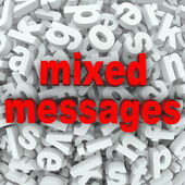Yanlış karışık mesajlar zayıf iletişim — Stok fotoğraf