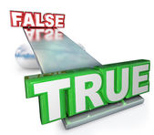 True Vs False Truth Against Lies Balance See-Saw — Stock Photo