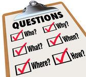 Klembord enquêteonderzoek vragen wie wat waar wanneer waarom hoe — Stockfoto