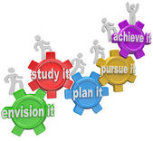 How to Achieve Climbing Up Gears Envision Plan Pursue — Stock Photo