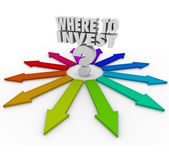 Where to Invest Question Mark Many Arrows Pointing Choices — Stock Photo