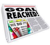 Objetivo alcançado sucesso de 100% do jornal manchete do artigo — Foto Stock
