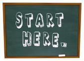 Comece aqui lousa palavras começam a aprendizagem de instrução — Foto Stock
