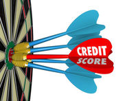 Credit Scores Darts on Dartboard Aiming for Best Number — Stock Photo