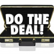 Do Deal Briefcase Words Close Sale — Stok Fotoğraf #34186221