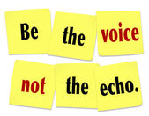 Be the Voice Not the Echo Sticky Note Saying Quote — Stock Photo