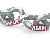 Repair ASAP Breaking Chain Links — Stock Photo