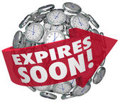Expires Soon words on a red arrow around a clock sphere — Stock Photo