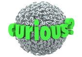 любопытно слово на шаре или сфере вопросительных знаков — Стоковое фото