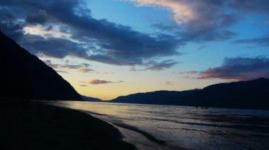 Teletskoe lake, altai, rusland — Stockvideo