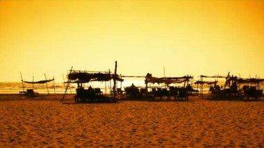 Goa pláž při západu slunce — Stock video
