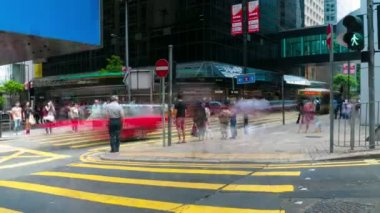 HONG KONG - SEPTEMBER 3: Street traffic in the centre at a busy day, timelapse. September 3, 2012, Hong Kong. — Stock Video