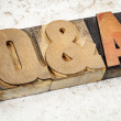 Questions and answers in wood type — Stock Photo