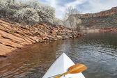 Springtime canoe paddling — Stock Photo