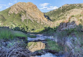 Eagle Nest Rock iand Poudre RIver — Stock Photo