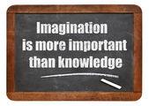 Zitat von Phantasie und wissen — Stockfoto
