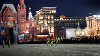 Night rehearsal of parade on Red Square on May 03, 2012 in Moscow. The rehearsal is to celebrate the upcoming 67th Anniversary of Victory Day (WWII) on May 9th. — Stock Video