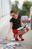 Girl on the sidewalk — Stock Photo