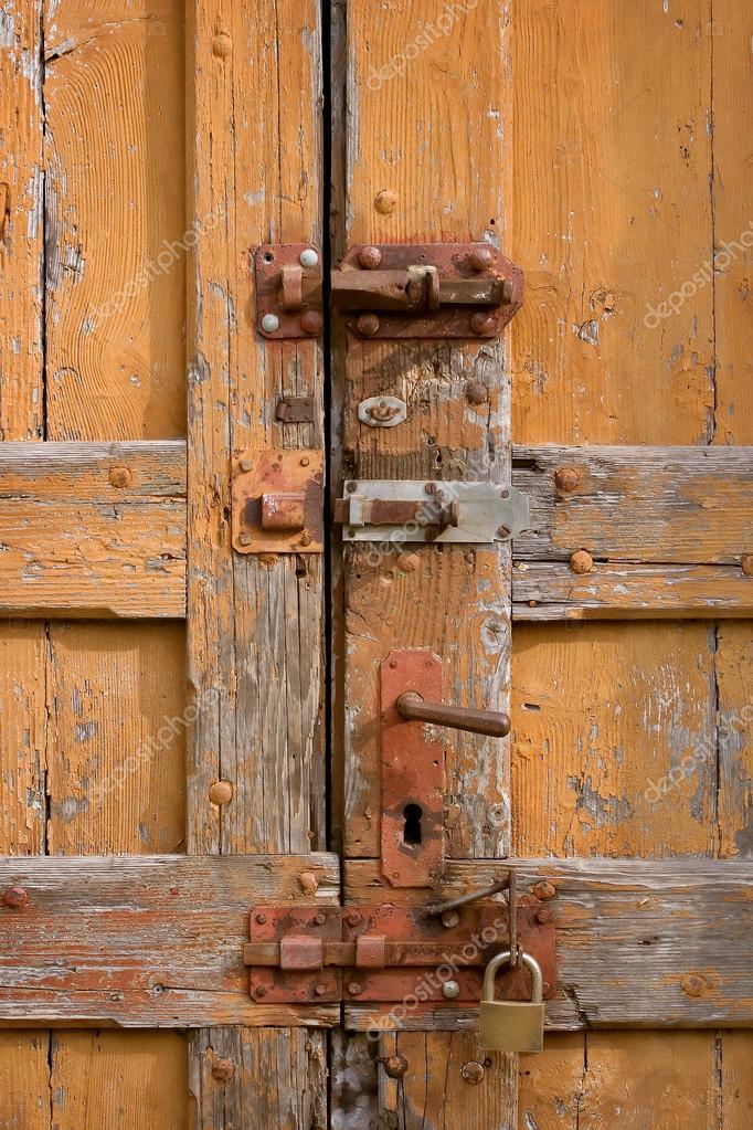 Vecchie porte foto stock gpimages 23260080 - Vecchie porte in legno ...