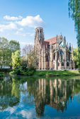 Saint Johns protestant church over the Fire lake in Stuttgart, Germany — Stock Photo